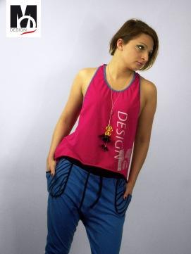 wycięta bluzka na lato, koszulka z nadrukiem, różowa bokserka, ubrania od projektanta, street wear